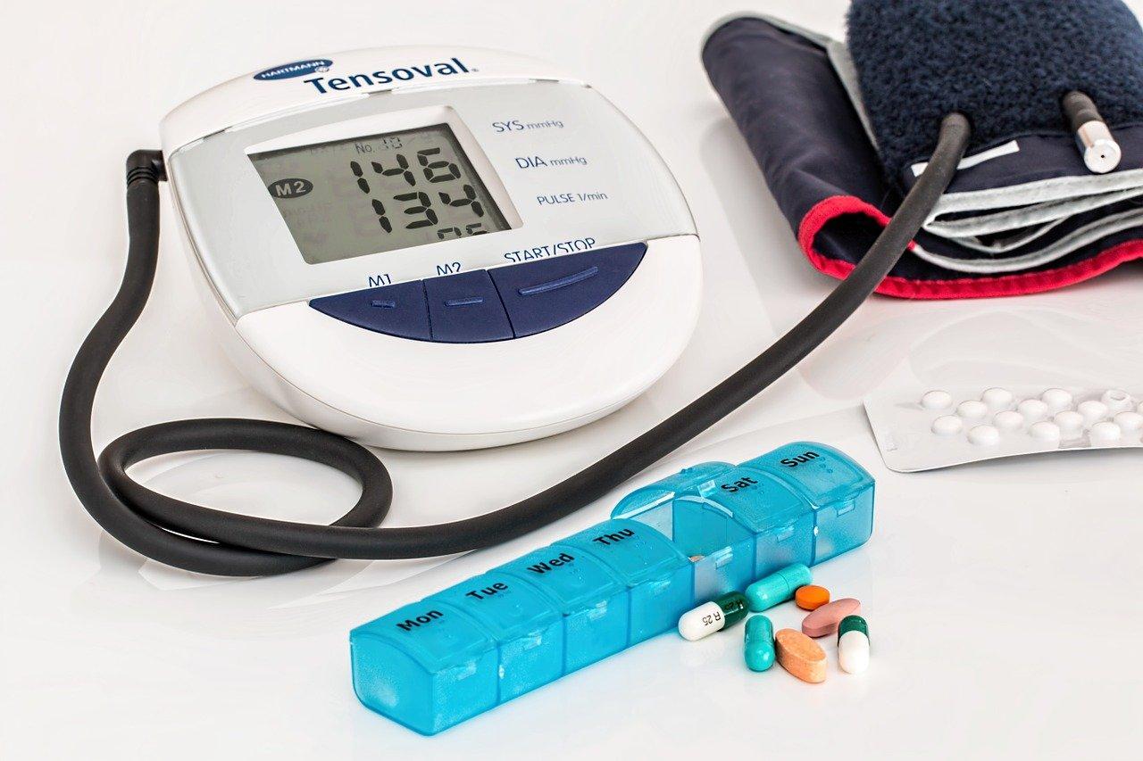 hypertension, high blood pressure, heart disease